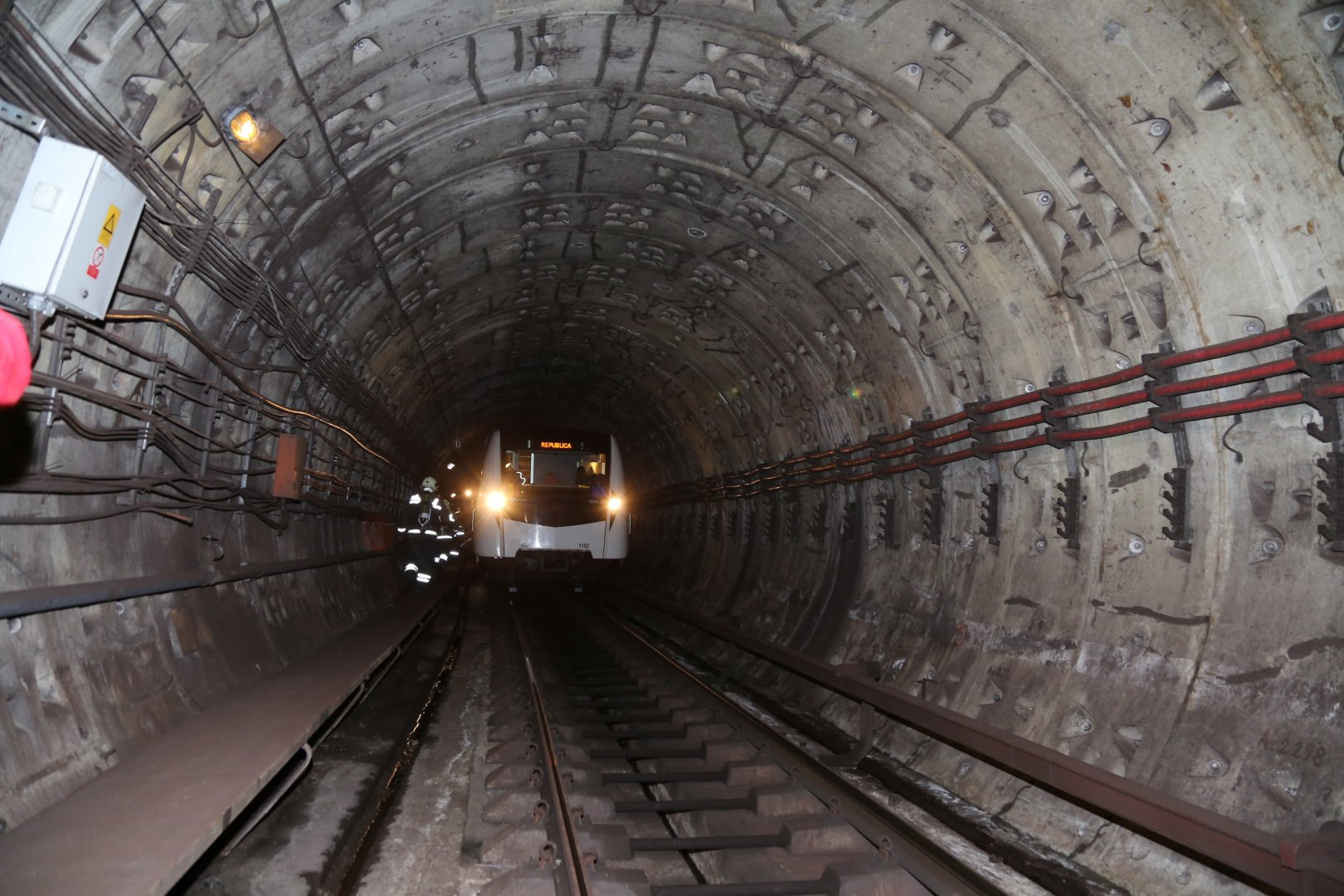Image result for tunel metrou